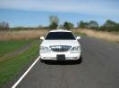 Lincoln limo white_4