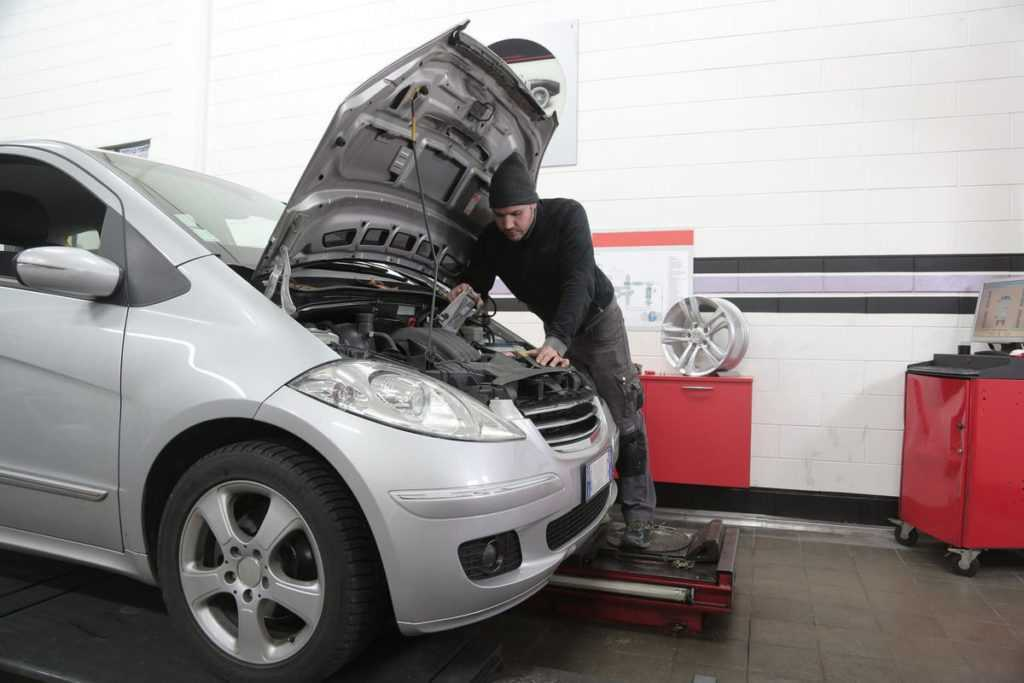 обслуговування автомобіля